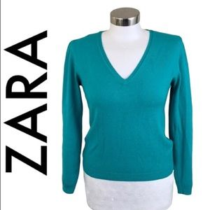 ZARA BLUE WITH A HINT OF GREEN SWEATER SIZE LARGE
